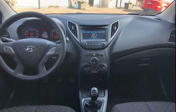 Hyundai HB20 1.0 Comfort Plus Turbo - Foto #6