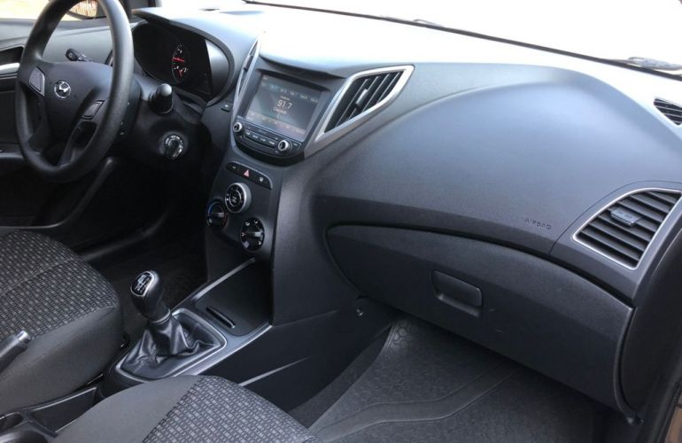 Hyundai HB20 1.0 Comfort Plus Turbo - Foto #7