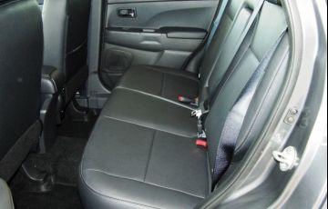 Mitsubishi Outlander Sport Hpe 2.0 Mivec Duo VVT 4x4 - Foto #9