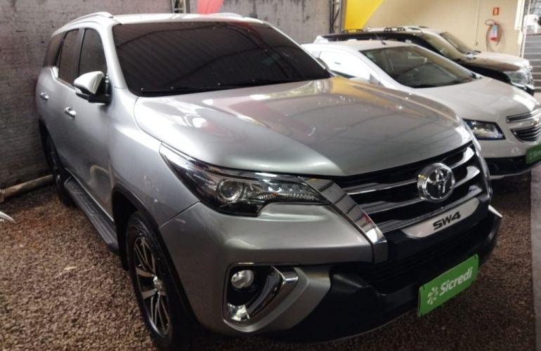 Toyota SW4 2.8 TDI SRX 7L 4x4 (Aut) - Foto #1