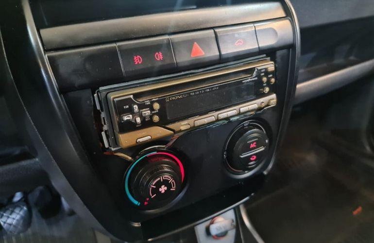 Volkswagen Fox 1.0 Mi City 8v - Foto #3