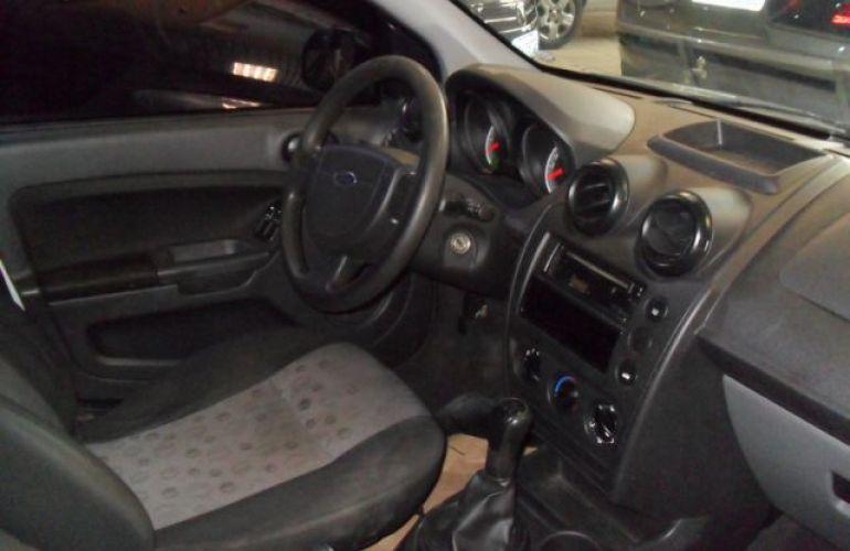 Ford Fiesta 1.0 8V Flex - Foto #5