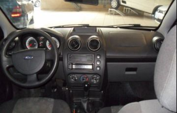 Ford Fiesta 1.0 8V Flex - Foto #6
