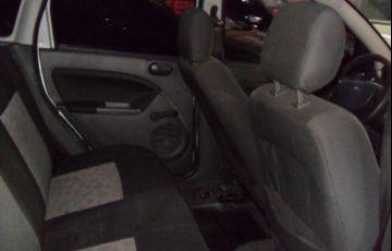 Ford Fiesta 1.0 8V Flex - Foto #7