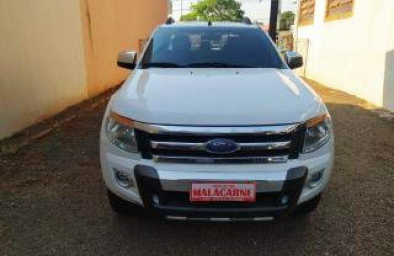 Ford Ranger 3.2 CD XLT 4WD (Aut) - Foto #2