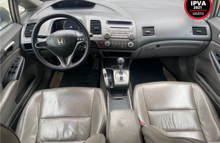 Honda Civic 1.8 LXS 16V Flex 4p Automático - Foto #2