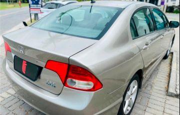 Honda Civic 1.8 LXS 16V Flex 4p Automático - Foto #6