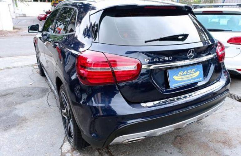 Mercedes-Benz 250 Sport 2.0 Tb 16V 4x2  211cv Aut - Foto #4