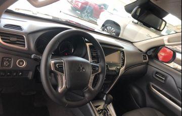 Mitsubishi L200 Triton Sport Hpe S 4WD 2.4 - Foto #5