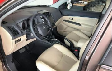 Mitsubishi Outlander Sport Hpe 2.0 Mivec Duo VVT 4x4 - Foto #10