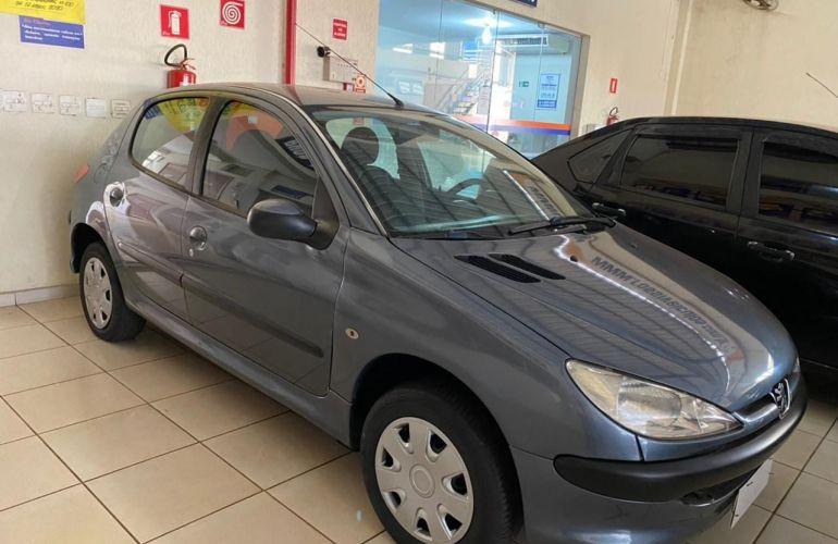 Peugeot 206 Presence 1.4 8v - Foto #2