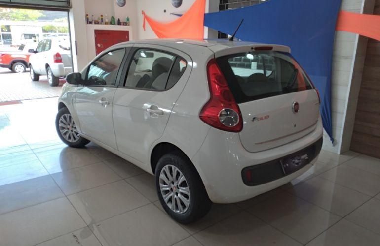 Fiat Palio Essence 1.6 16V (Flex) - Foto #3