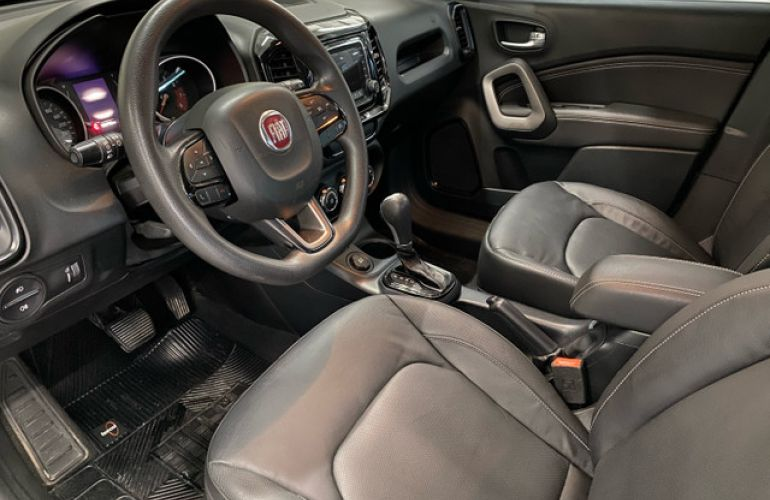Fiat Toro Freedom 1.8 AT6 4x2 (Flex) - Foto #2