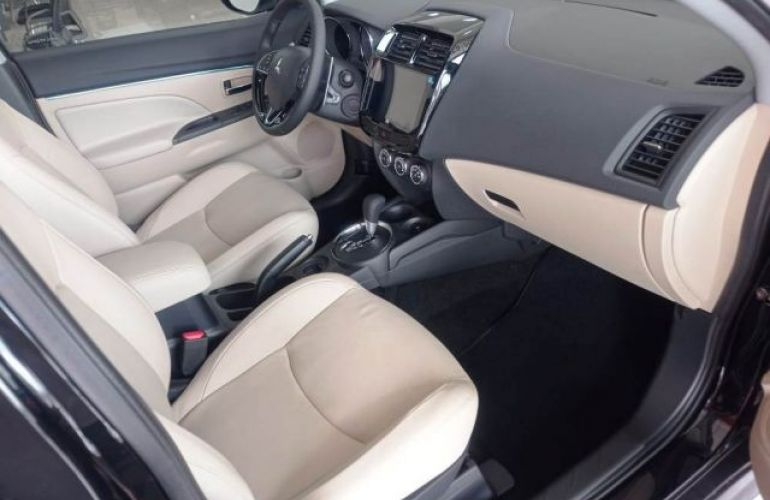 Mitsubishi Outlander Sport Hpe 2.0 Mivec Duo VVT 4x2 - Foto #8