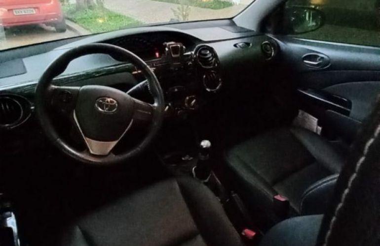 Toyota Etios Cross 1.5 (Flex) - Foto #3