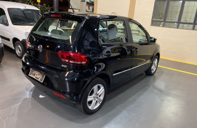 Volkswagen Fox 1.6 Msi Highline 16v - Foto #6