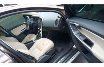 Volvo XC60 2.0 T5 Drive-E Kinetic - Foto #4