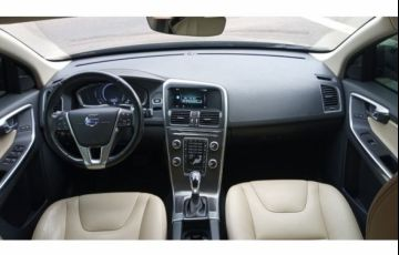 Volvo XC60 2.0 T5 Drive-E Kinetic - Foto #5
