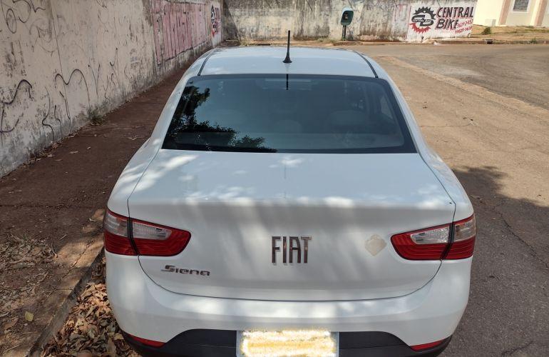 Fiat Grand Siena 1.0 Attractive - Foto #1