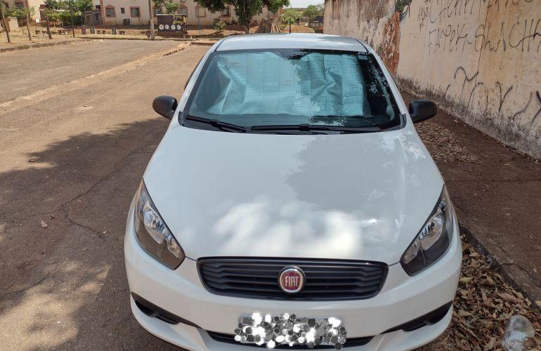 Fiat Grand Siena 1.0 Attractive - Foto #2