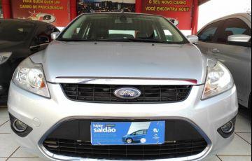 Ford Focus Hatch 2l Hc 2.0 16v - Foto #1