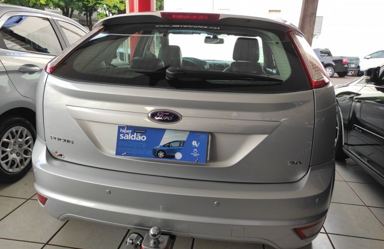 Ford Focus Hatch 2l Hc 2.0 16v - Foto #7