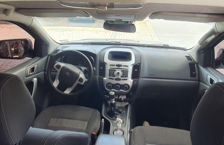Ford Ranger 3.2 TD 4x4 CD XLT - Foto #2