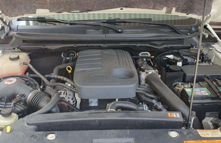 Ford Ranger 3.2 TD 4x4 CD XLT - Foto #3
