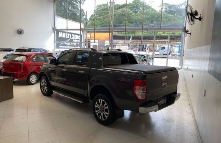 Ford Ranger Limited Plus 4x4 Cabine Dupla 3.2 - Foto #2