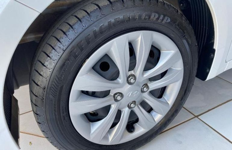 Hyundai Hb20 Comfort Plus 1.0 Flex 12v - Foto #10