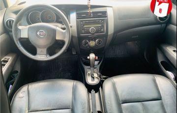 Nissan Livina 1.8 SL 16V Flex 4p Automático - Foto #2