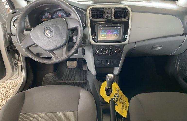 Renault Logan Expression 1.6 16V SCe Easy-R (Flex) - Foto #5