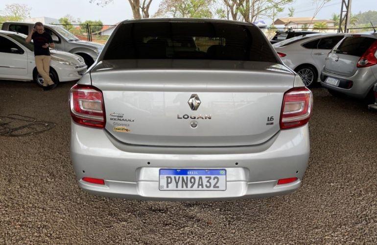 Renault Logan Expression 1.6 16V SCe Easy-R (Flex) - Foto #10