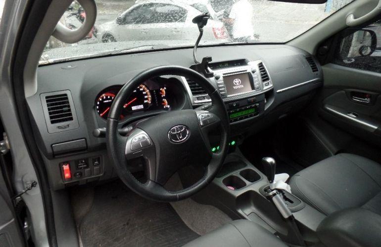 Toyota Hilux Srv 4x2 Cabine Dupla 2.7 16v - Foto #2
