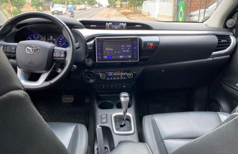Toyota Hilux 2.8 TDI CD SRV 4x4 (Aut) - Foto #8