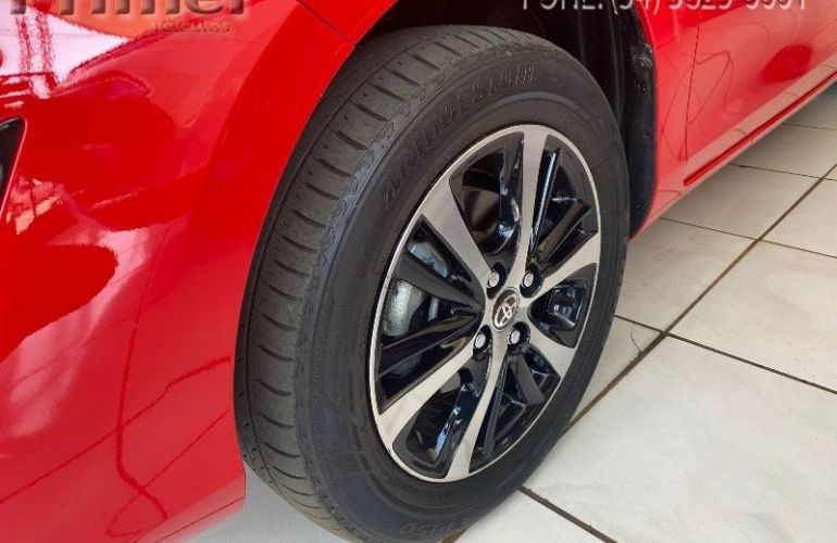 Toyota Yaris Xs 1.5 Flex 16V 5p - Foto #5