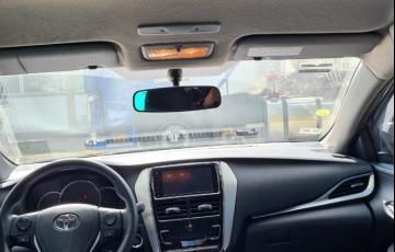 Toyota Yaris Sedan 1.5 XL Plus Connect Tech CVT - Foto #5