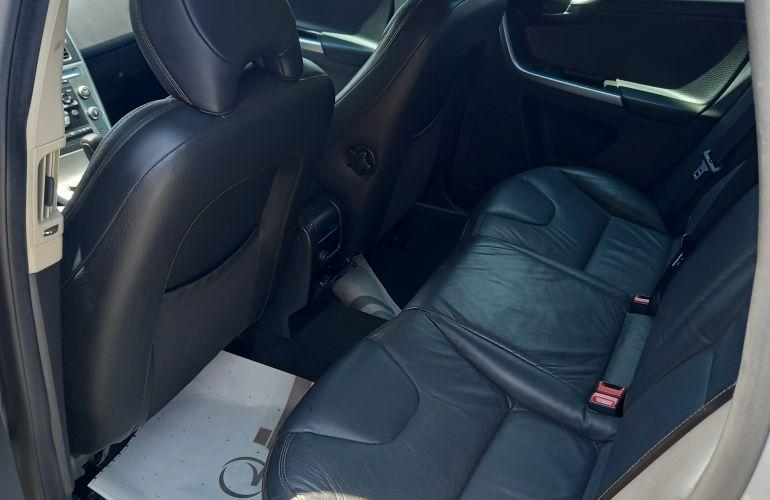 Volvo XC60 AWD 3.0 24V Comfort - Foto #1