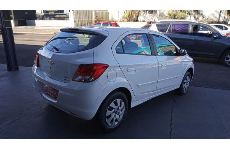 Chevrolet Onix 1.0 (Flex) - Foto #5