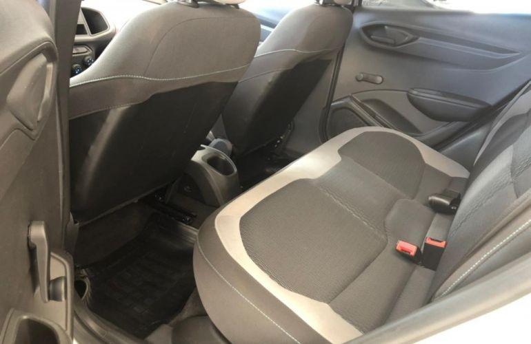 Chevrolet Onix 1.0 LS SPE/4 - Foto #5