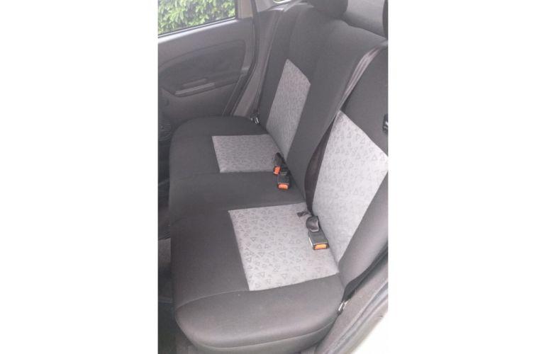 Ford Fiesta Sedan 1.6 Rocam (Flex) - Foto #9