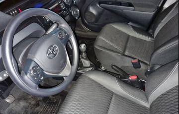 Toyota Etios 1.5 X Plus 16v - Foto #6