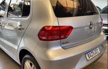 Volkswagen Fox 1.0 MPI Trendline (Flex) - Foto #6