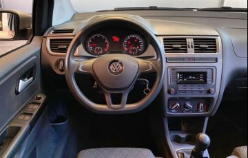 Volkswagen Fox 1.0 MPI Trendline (Flex) - Foto #10
