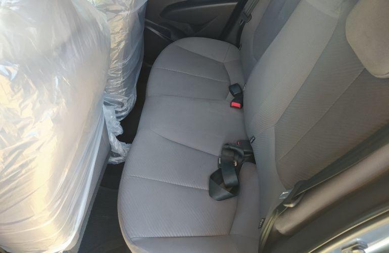 Hyundai HB20S 1.6 Comfort Plus (Aut) - Foto #7