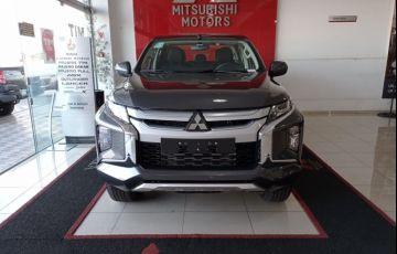 Mitsubishi L200 Triton Sport GLS 4WD 2.4 Td - Foto #2
