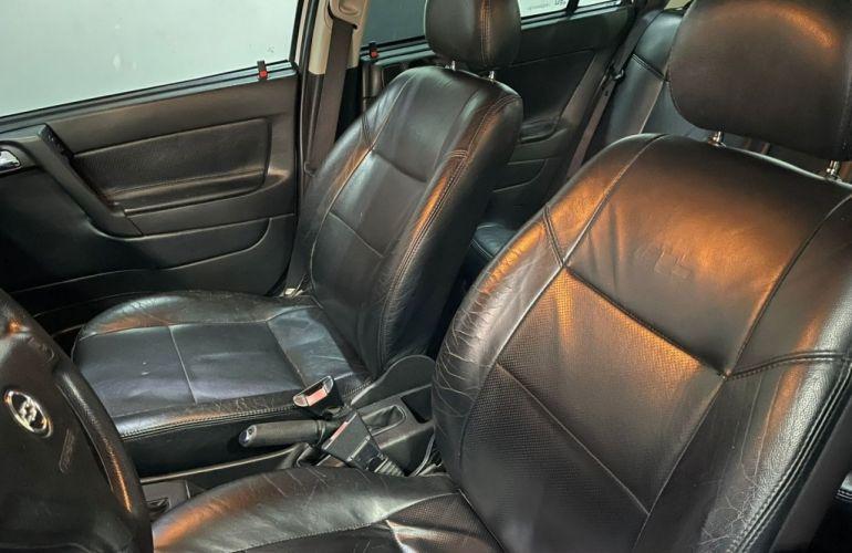 Chevrolet Astra Hatch Advantage 2.0 (Flex) (Aut) - Foto #9