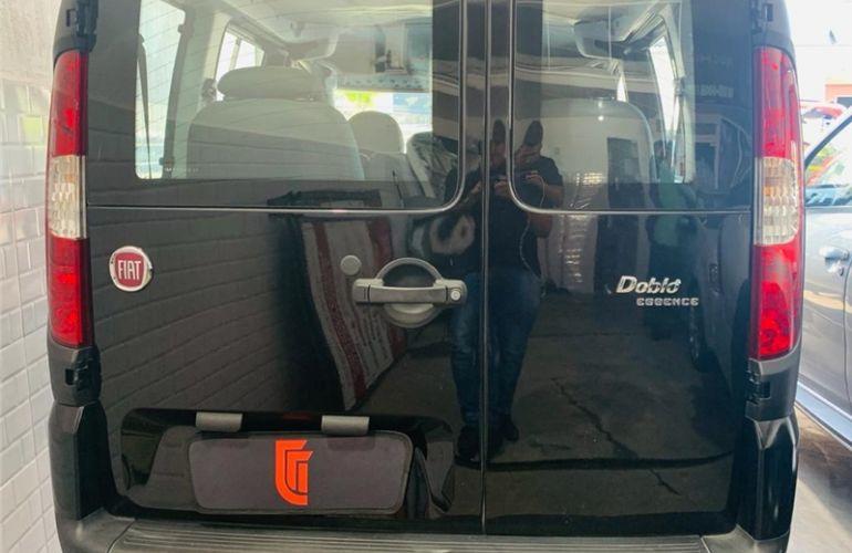 Fiat Doblo 1.8 MPi Essence 7l 16V Flex 4p Manual - Foto #4