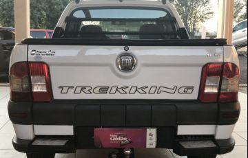 Fiat Strada Trekking 1.6 16V (Flex) (Cabine Estendida) - Foto #4