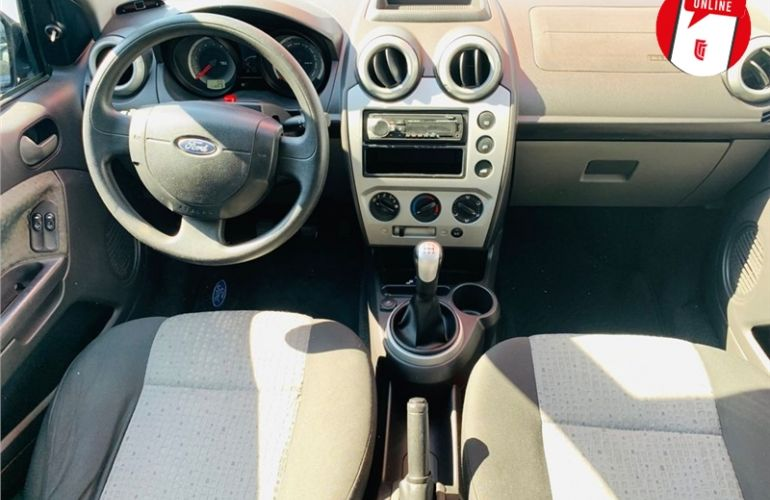 Ford Fiesta 1.6 MPi Sedan 8V Flex 4p Manual - Foto #2